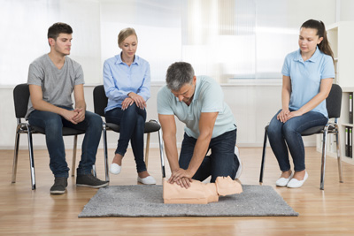 Emergency First Aid at Work - Level 2
